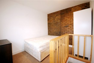 Flat to rent in London